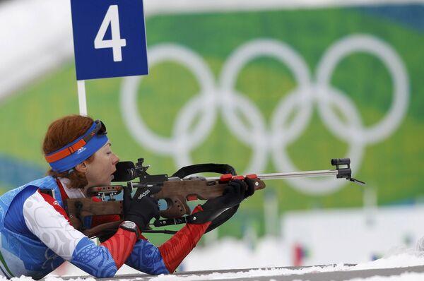 Российская биатлонистка Анна Булыгина на тренировке в Ванкувере