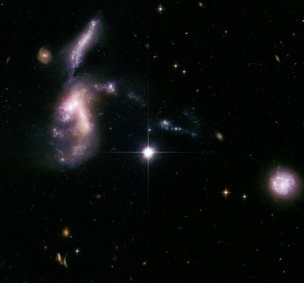 Две столкнувшиеся галактики