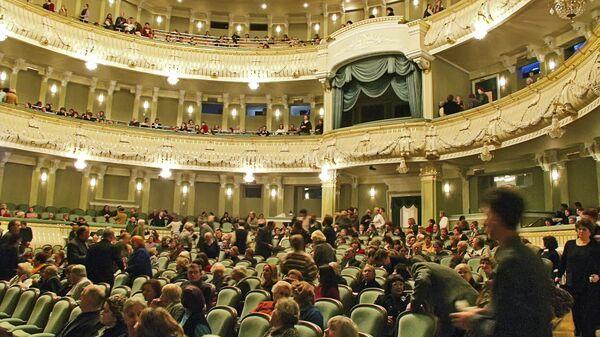 В зрительном зале Большого театра (Новая сцена) после реконструкции