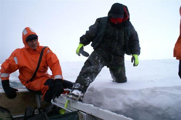 Спасение рыбаков на Сахалине. Архив