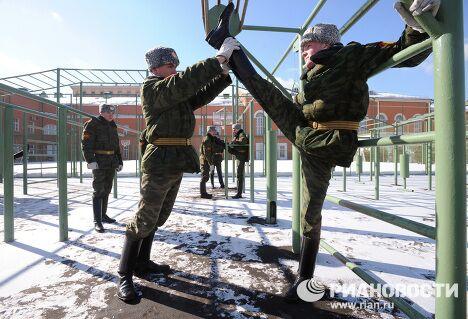 Показательная тренировка 154 комендантского полка Московского военного округа перед Парадом Победы