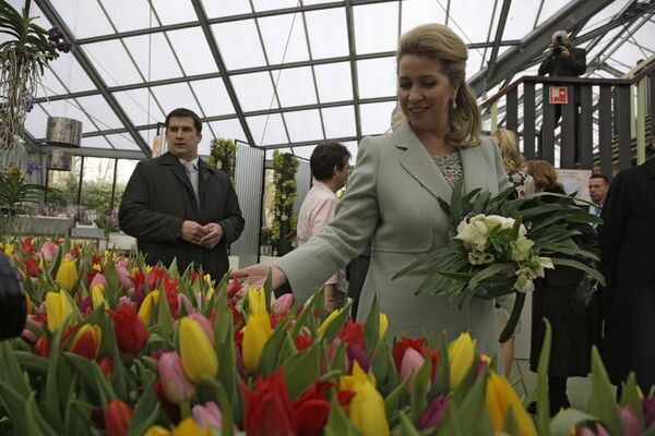 Супруга президента РФ Светлана Медведева открыла выставку цветов под Амстердамом