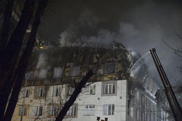 Тушение пожара в бизнес-центре на севере Москвы. Архив