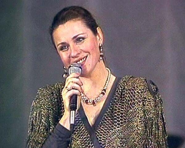 Нестареющие хиты в исполнении Валентины Толкуновой
