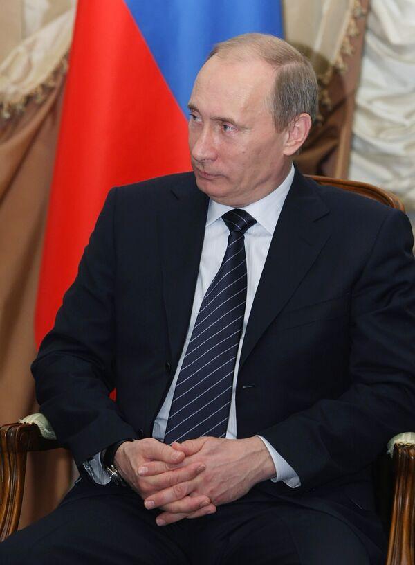 Премьер-министр РФ В.Путин встретился с Хамадом бен Джасемом Аль-Тани