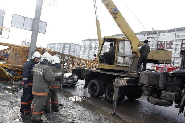 Башенный кран упал в Красноярске