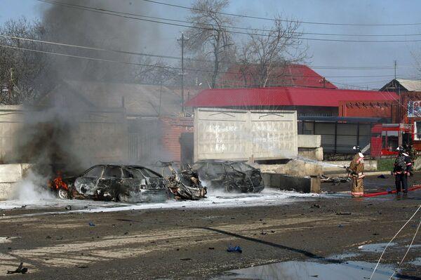 Взрывы возле здания ОВД в Карабулаке