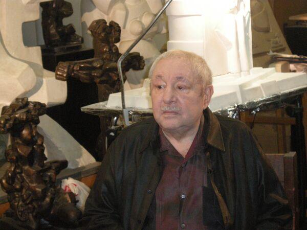 Эрнст Иосифович Неизвестный. Архивное фото