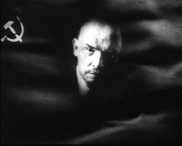 Владимир Ленин: тиран для одних, спаситель для других