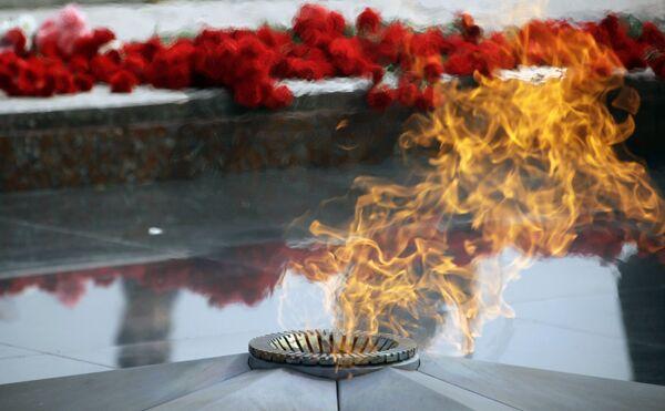 Церемония зажжения огня Памяти и Славы на Поклонной горе