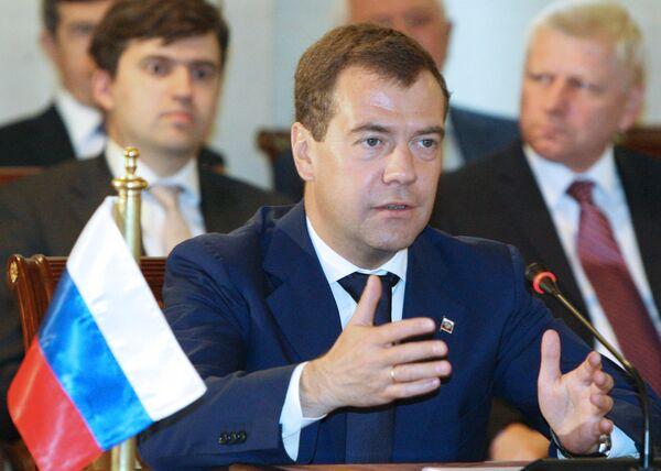 Президент РФ Дмитрий Медведев во время российско-сирийских переговоров