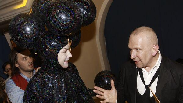 Показ коллекции французского модельера Жана-Поля Готье Настоящий haute couture