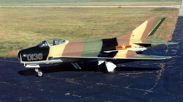 Самолет Миг-19