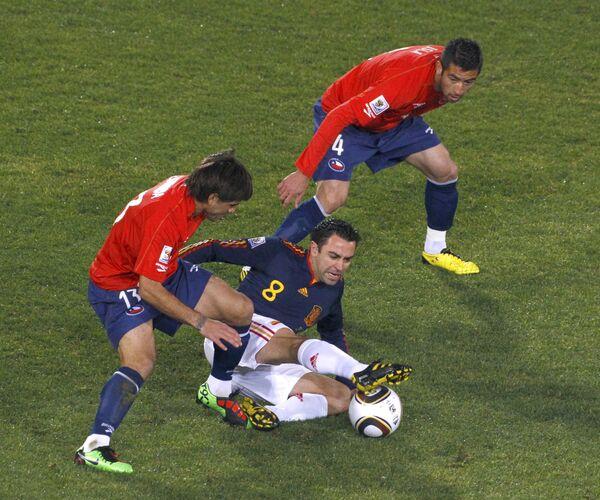 Игровой момент матча Чили - Испания