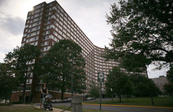 Дом, где жили подозреваемы в шпионаже супруги Майкл Зоттоли и Патрисия Миллз