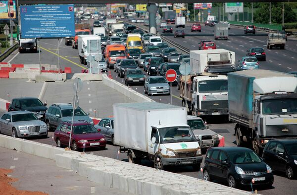Ограничение движения автотранспорта на Ленинградском шоссе