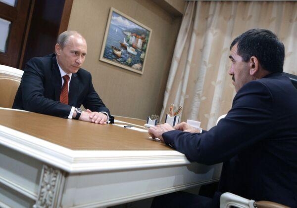 Премьер-министр РФ Владимир Путин встретился с Юнус-Беком Евкуровым