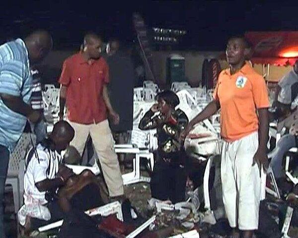Десятки футбольных болельщиков стали жертвами теракта в Уганде