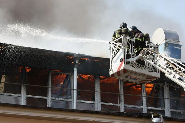 Пожар в Центрае имени Грабаря на улице Радио в Москве. Архив