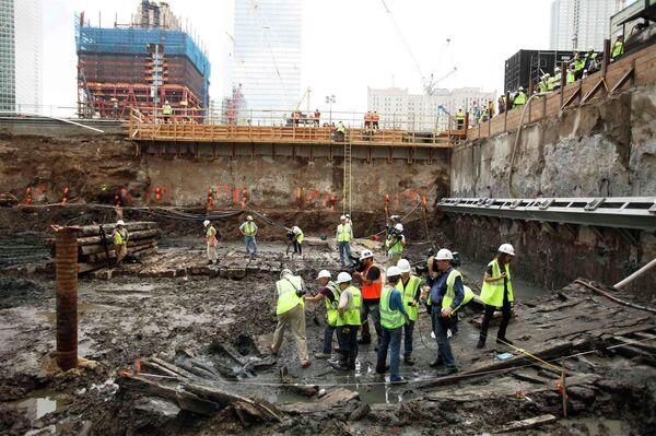 На месте башен-близнецов в Нью-Йорке  нашли останки старинного корабля