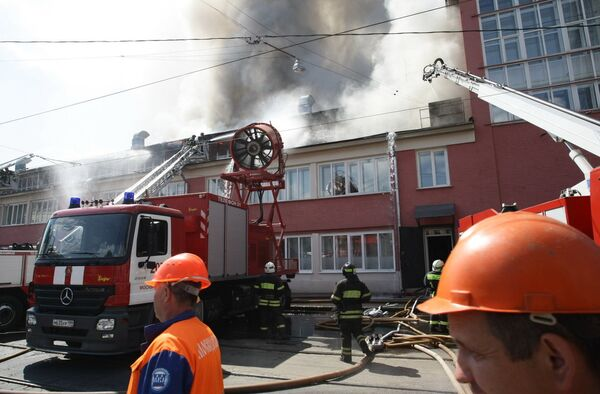 Пожар в Центрае имени Грабаря на улице Радио в Москве