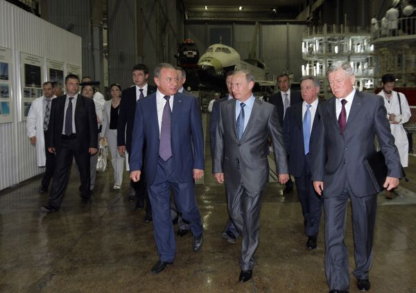 Премьер-министр РФ Владимир Путин посетил ОАО Ракетно-космическая корпорация Энергия им. С. П. Королева