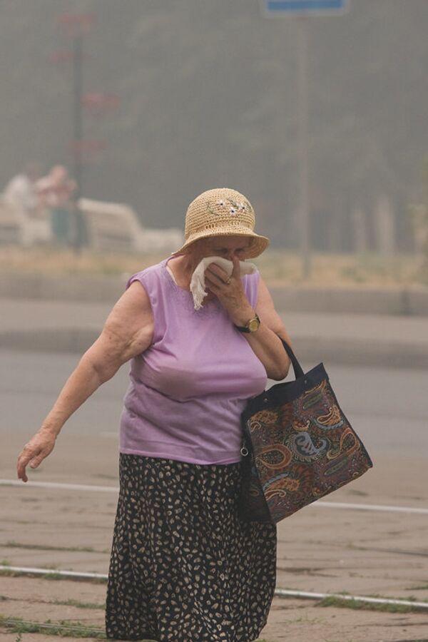 Москвичи спасаются от дыма