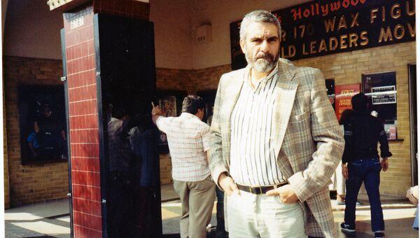 Писатель Сергей Довлатов. США, начало 1980-х гг. Архивное фото.