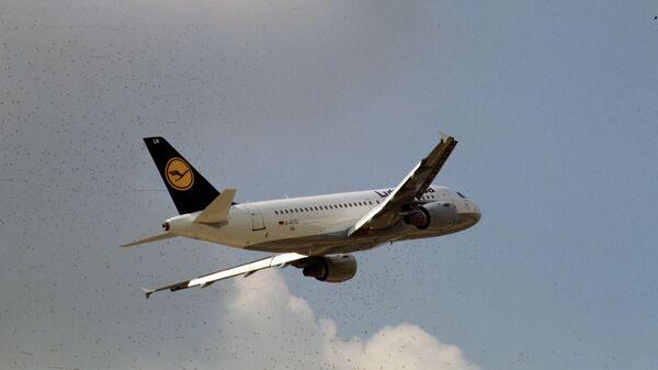 Самолет авиакомпании Люфтганза