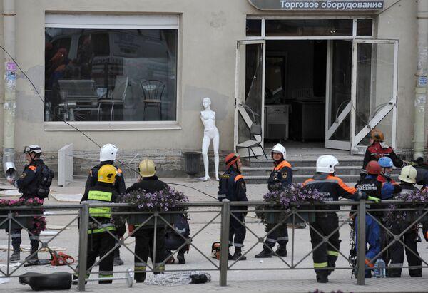 Обрушение перекрытий произошло в здании в центре Санкт-Петербурга