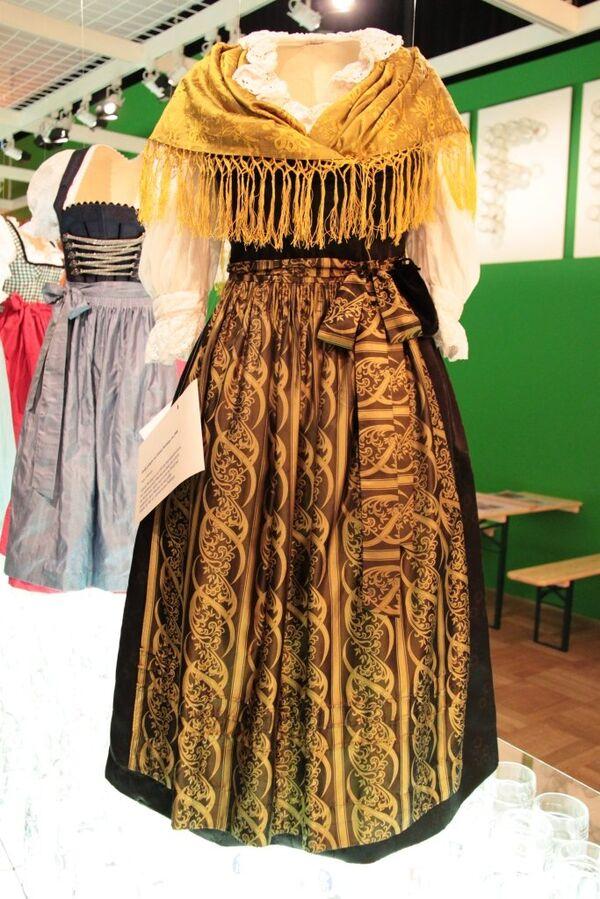 Выставка баварского костюма в городском музее Мюнхена