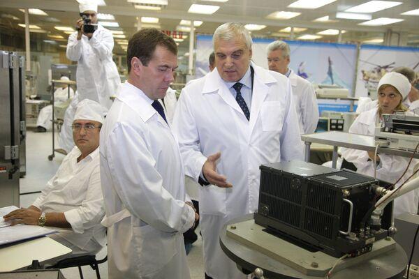 Президент РФ Д.Медведев посетил Раменский приборостроительный завод