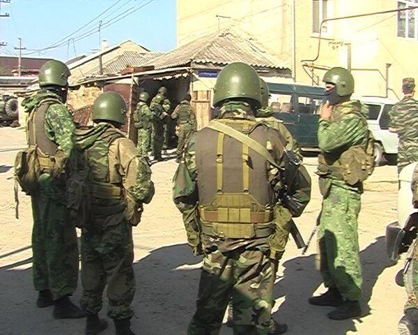 Трое боевиков были уничтожены в ходе спецоперации, которая второй день проходит в Махачкале
