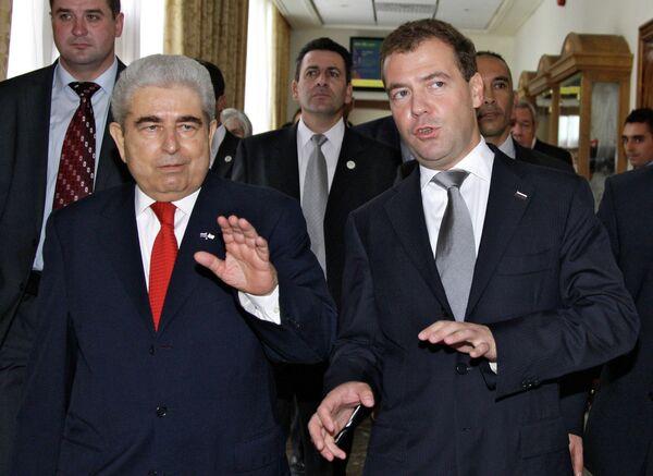 Президент России Дмитрий Медведев с президентом Республики Кипр Димитриосом Христофиасом