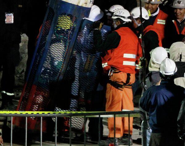 Операция по спасению горняков, заблокированных в шахте в Чили