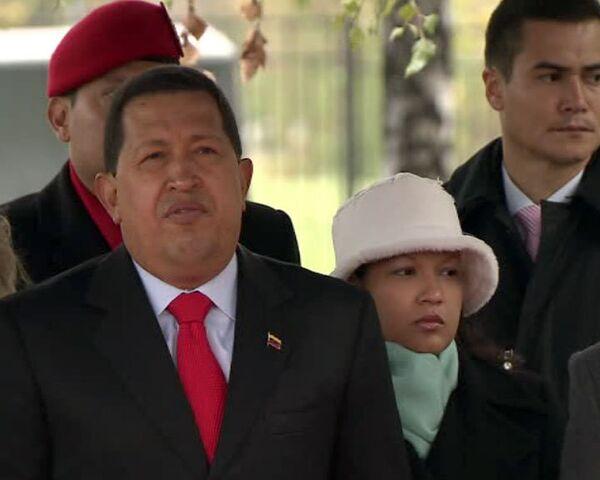 Уго Чавес заложил камень памятника Симону Боливару в Москве