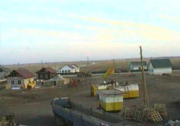 Стоп-кадр он-лайн трансляции строительства домов в поселке Николаевка Алтайского края