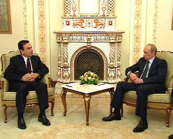 Путину рассказали, что Renault будут делать на платформе Lada Kalina