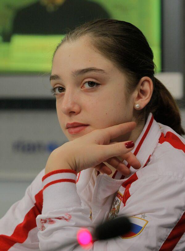 Алия Мустафина. Архив