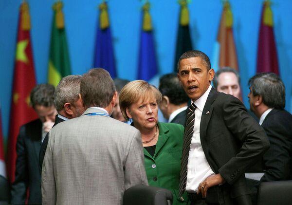Барак Обама и Ангела Меркель на саммитте G20 в Сеуле