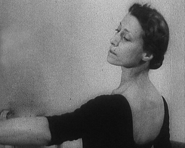 Майя Плисецкая родилась в семье, где театр был фамильной гордостью