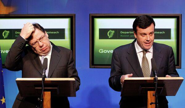 Министр финансов Ирландии Брайан Лениан и премьер-министр страны Брайан Коуэн