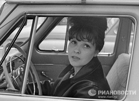 Советская поэтесса Белла Ахмадулина