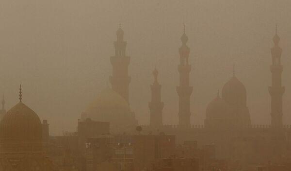 Песчаная буря и похоладание в Египте
