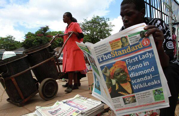 Газета Independent Standard с новостью о вовлечении Грейс Мугабе в незаконную торговлю алмазами