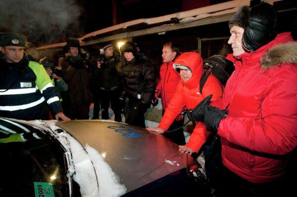 Некляев и его сторонники на митинге оппозиции в Минске