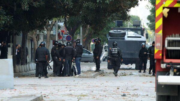 Погромы и беспорядки в столице Туниса