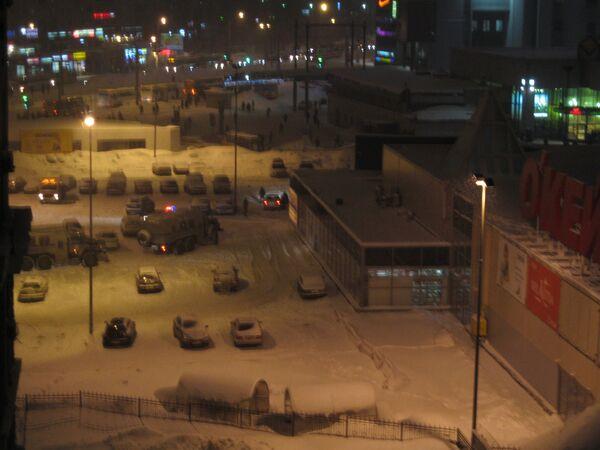 Обвал крыши магазина Окей в Петербурге