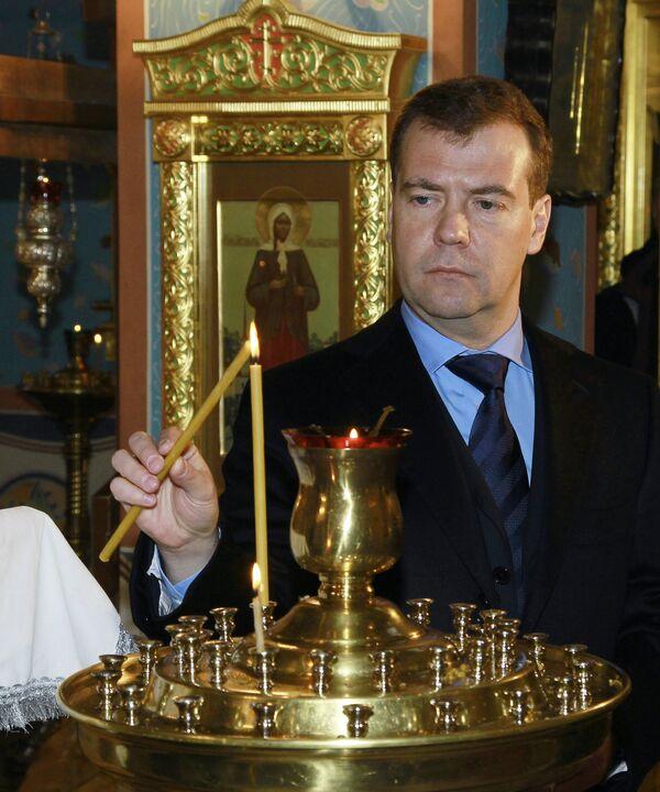 Дмитрий Медведев посетил подмосковный храма святителя Тихона