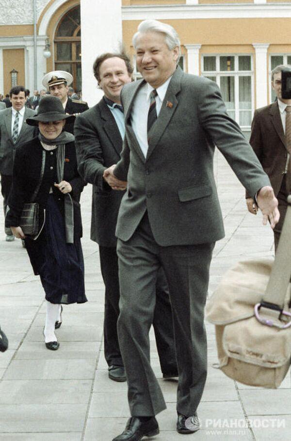 Председатель Верховного Совета РСФСР Борис Николаевич Ельцин